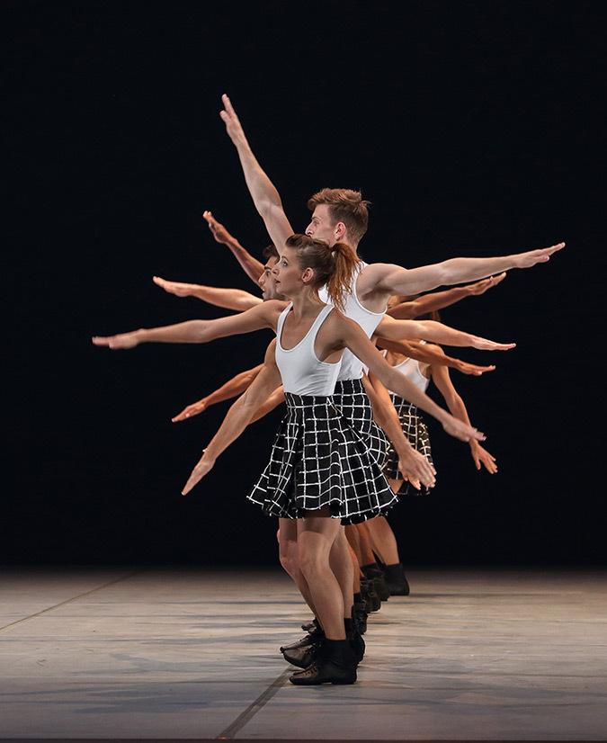 Benjamin-Millepied-L.A.-Dance-Project-à-Lyon-2-©-Michel-Cavalca