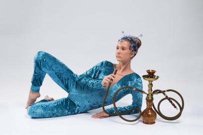 Marina Ramos Arruda, a lagarta Absolem. CRÉDITO: ALINNE VOLPATO/DIVULGAÇÃO